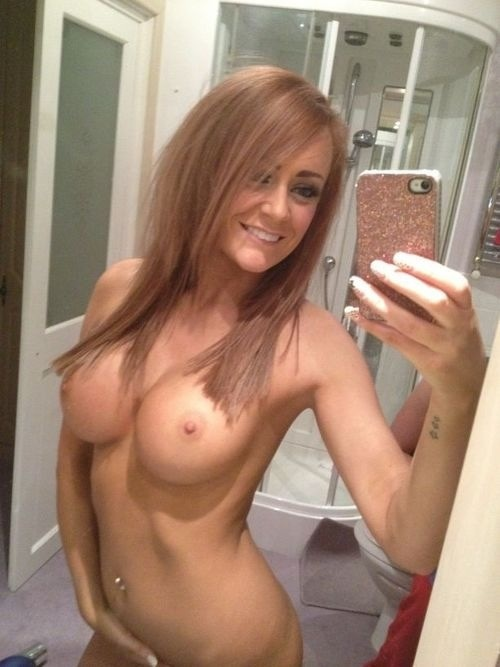 Variants Most beautiful nude girls selfies
